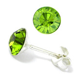 Silver Crystal Studs ST8 - ST9 - ST10 6mm Light Green (ST9)